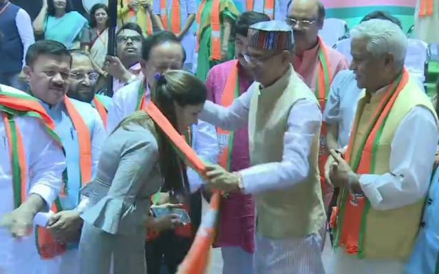 Haryana, Dancer, Dream chaudhari, B J P, Join,