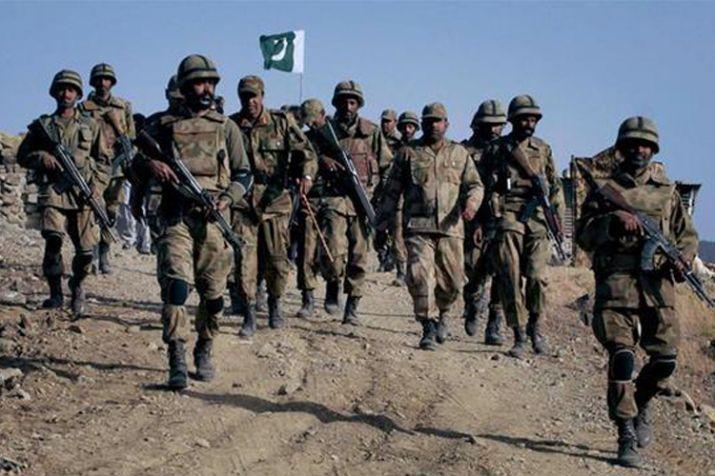 सीमा पर पाकिस्तान की फायरिंग में 3 लोगों की मौत, पूर्व सैनिक घायल