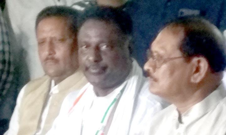 Chhattisgarh State, Waqf Board, President and Chairman, Salam Rizvi, From waqf properties, Derail, first priority,