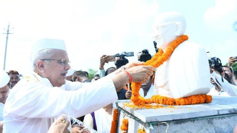 गांधी विचार पद यात्रा का कारवां चल पड़ा