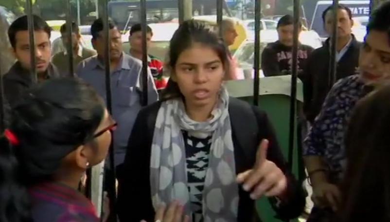 New Delhi, Increasing crimes against women, Parliament, Protest,