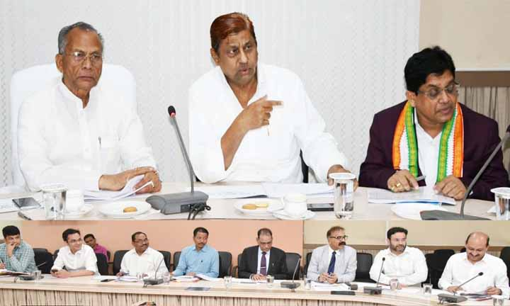 Transport Minister, Mohammad akbar, Chhattisgarh State, Road safety council meeting,