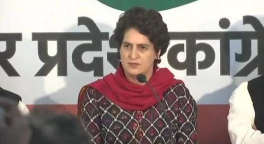 Priyanka Gandhi ने कहा, मोदी सरकार रेलवे को बेचने की तैयारी कर रही