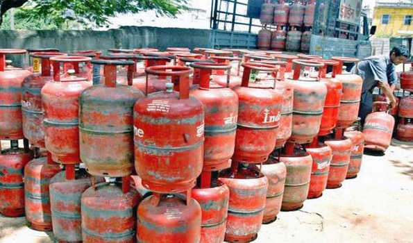 Non subsidized, LPG Cylinder, 19 rupees expensive,