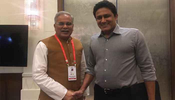 पूर्व क्रिकेटर अनिल कुंबले से मिले सीएम भूपेश बघेल