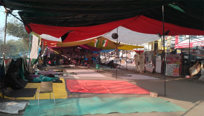 जनता कर्फ्यू के बाद भी शाहीनबाग में सीएए का विरोध, पर भीड़ नदारद