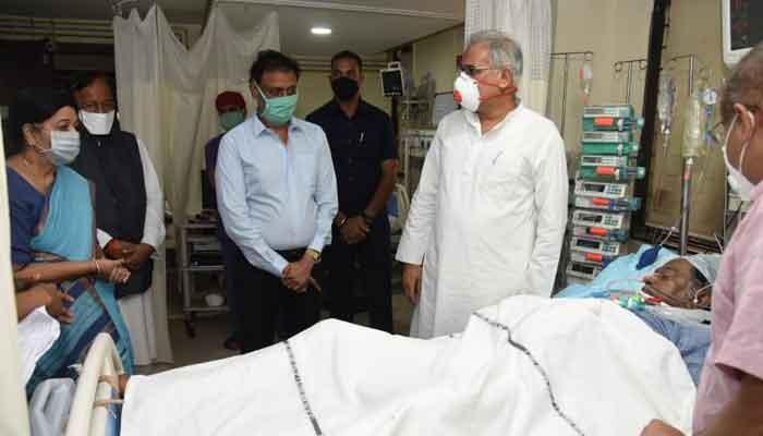 अस्पताल पहुंचकर सीएम ने अजीत जोगी की तबियत की ली जानकारी