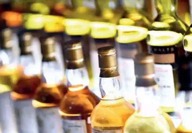 जहरीली शराब पीने से 21 लोगों की मौत, जांच के लिए एसआईटी का गठन