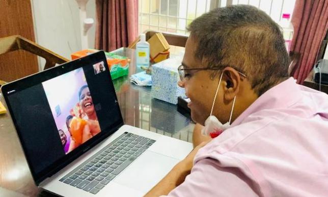 VIDEO : अमित ने योगेश साहू की बहनों के साथ मनाई राखी