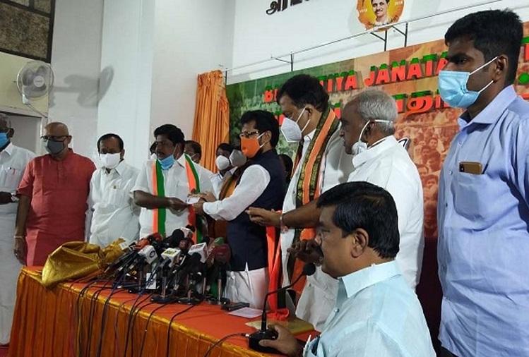 भाजपा में शामिल हुये Ramalingam, शाह से कर सकते हैं मुलाकात