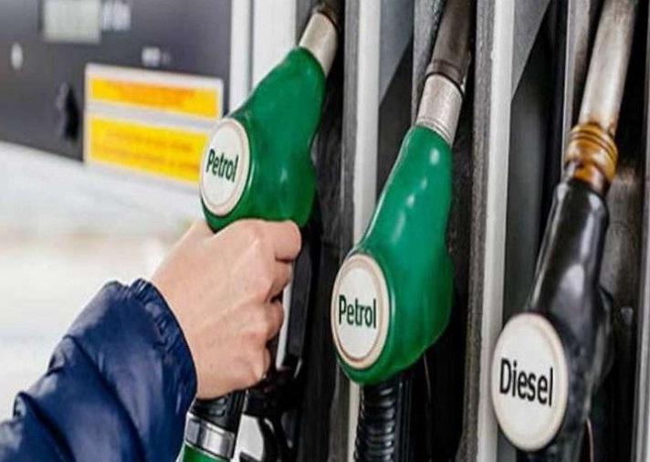 पेट्रोल और डीजल की कीमत लगातार बढ़ोतरी