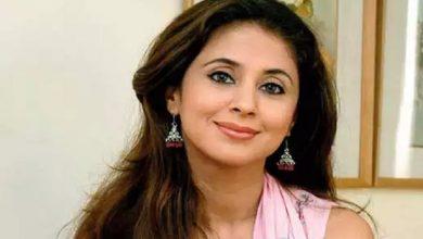 महंगी गाड़ियों की शौकीन हैं बॉलीवुड अभिनेत्री Urmila  ऐसी है लाइफस्टाइल