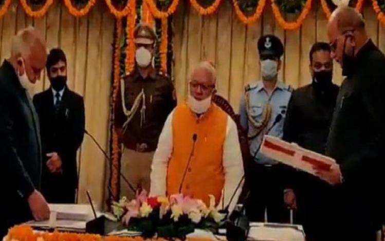 Rajasthan : पूर्व न्यायाधीश प्रताप कृष्ण लोहरा बने राजस्थान के नए लोकायुक्त, राजभवन में हिन्दी में ली पद की शपथ