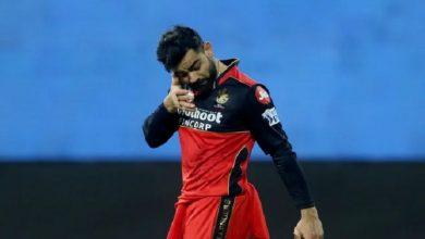 Virat Kohli injured in IPL-14 inaugural match