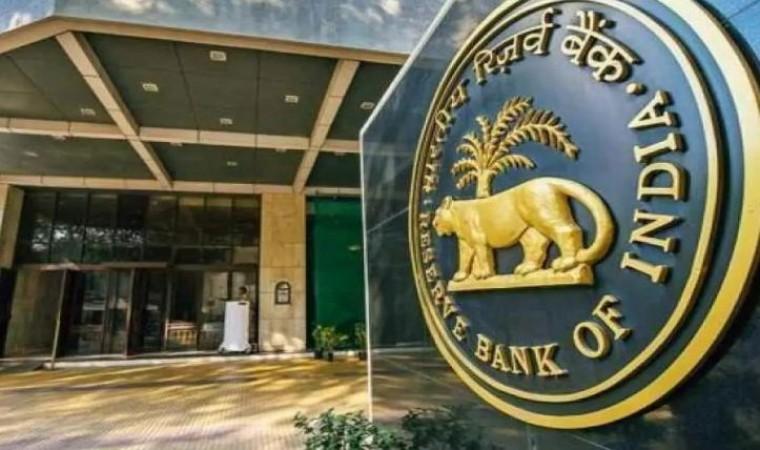 भारत का विदेशी मुद्रा भंडार 9 अरब डॉलर से अधिक बढ़ा