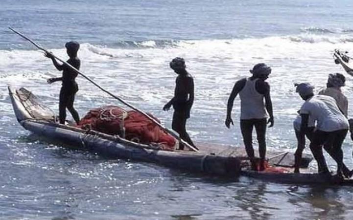 श्रीलंकाई नौसेना ने की फायरिंग, टीएन मछुआरे के सिर में चोट