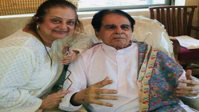 बॉलीवुड की नामचीन अदाकारा और दिवगंत अभिनेता दिलीप कुमार की पत्नी सायरा बानो की तबियत बिगड़ी, मुंबई के हिंदुजा हॉस्पिटल के आईसीयू में शिफ्ट किया गया