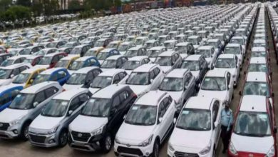 BUSINESS: अगस्त में यात्री वाहनों की खुदरा बिक्री 39 प्रतिशत बढ़कर 2,53,363 इकाई पर